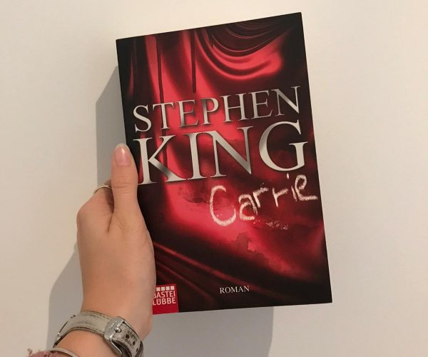 "Stephen King: ""Carrie"" (1974)"